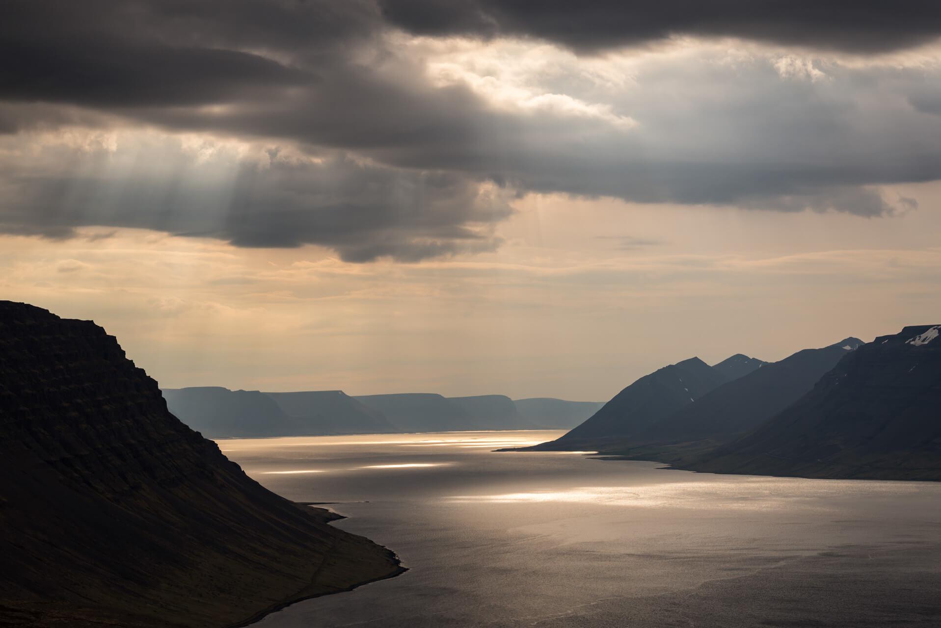 Island, Geirþjófsfjörður; Fotograf Steffen Lohse