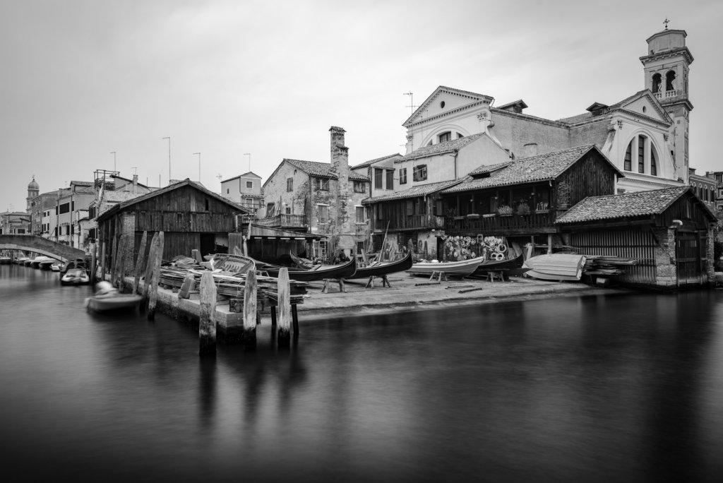 Venice Gondola dockyard