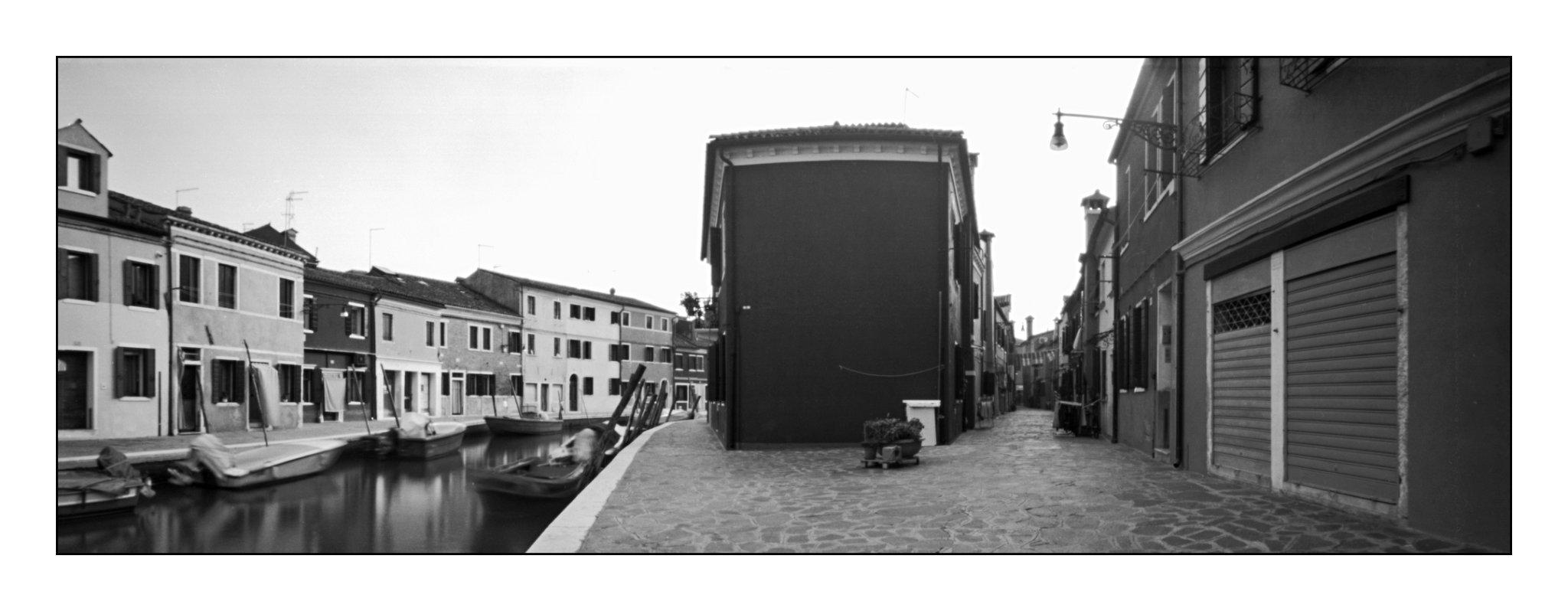 Burano, Lochkamera 16x7 analog: Venedig, Fotograf: Steffen Lohse